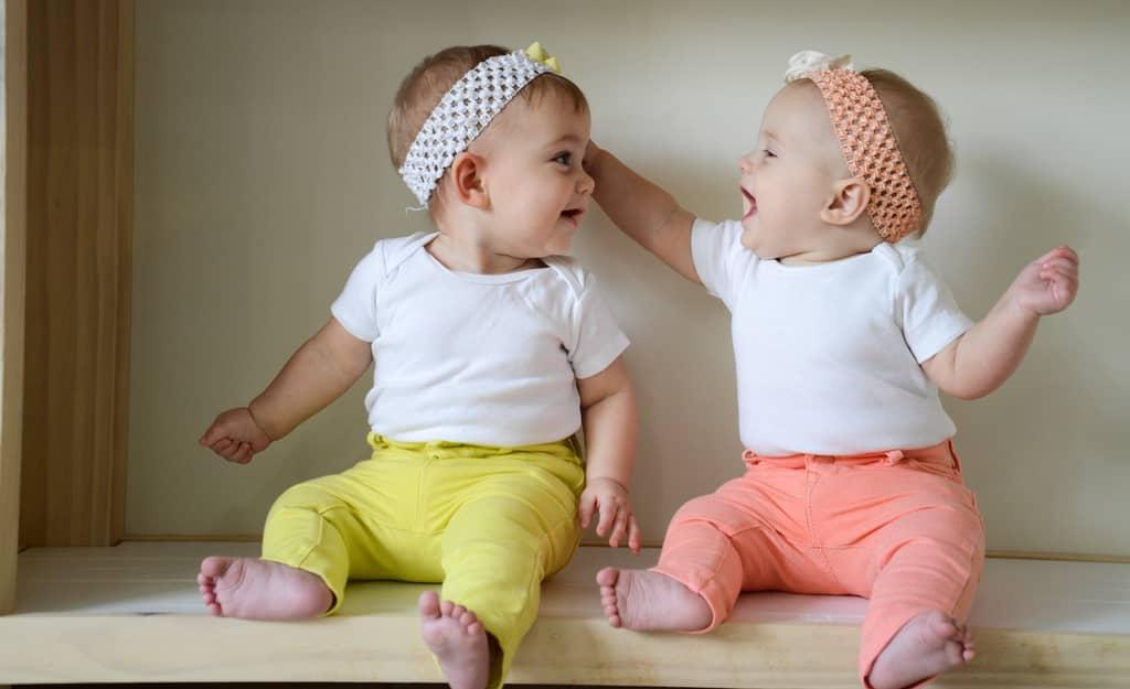 twin-baby-girl-gifts