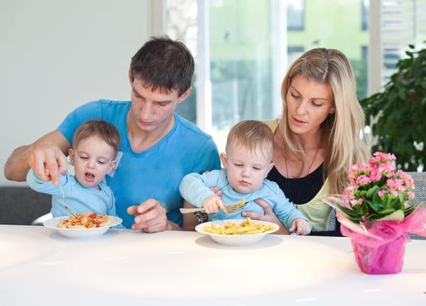 maternal vs paternal twins
