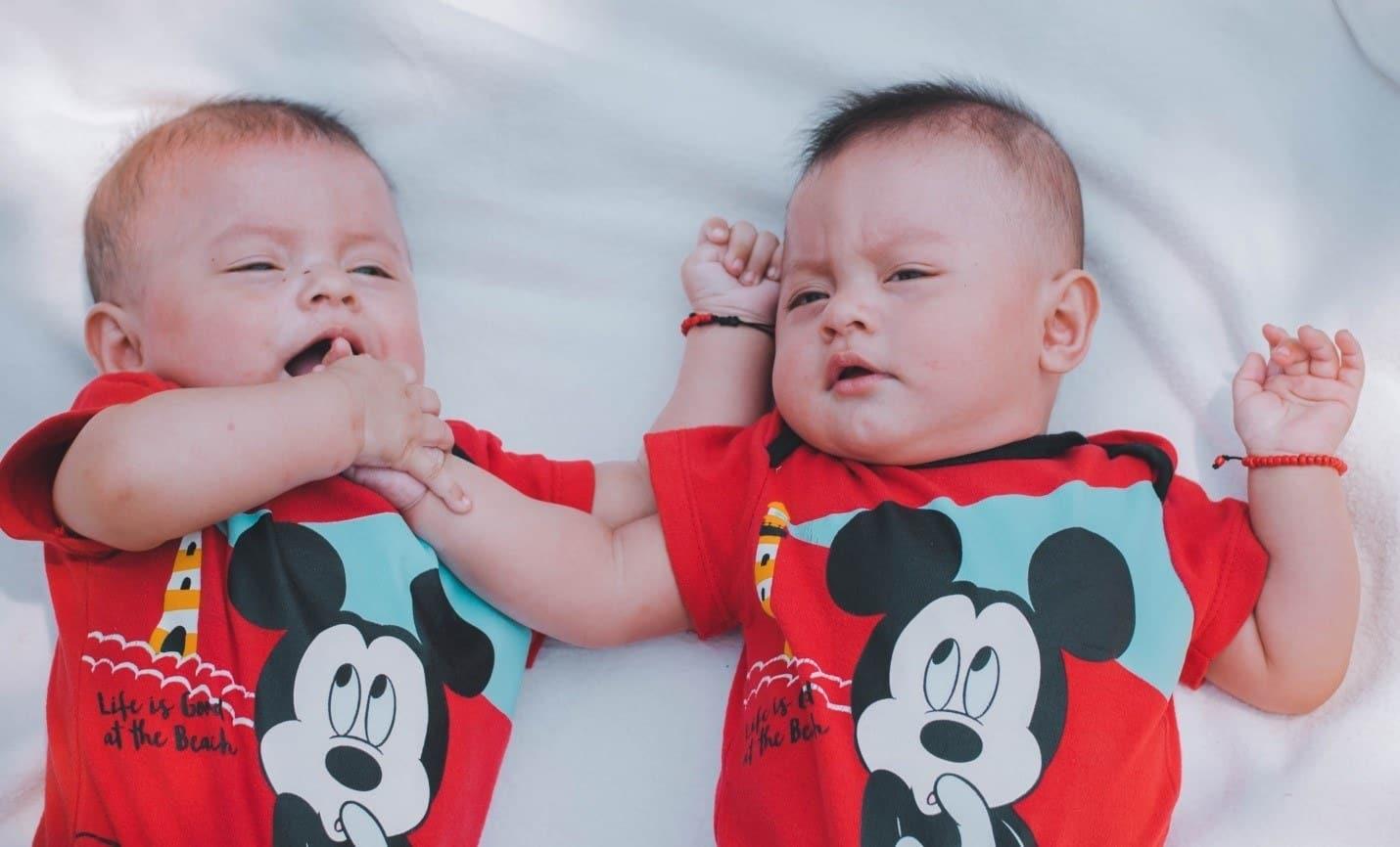sleep-training twins